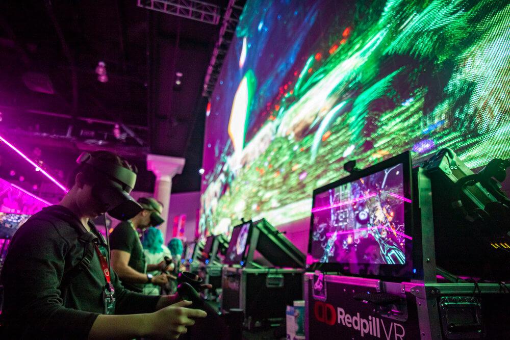 L'écran holographique et les réalités virtuelle et augmentée